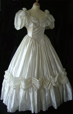 1980s Wedding Dress, Sexy Wedding Dresses, Wedding Gowns, Southern Belle Dress, Bride Gowns, Vintage Gowns, Victoria Dress, The Dress, Pretty Dresses