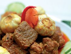 "Garlic Beef~ This time I will share Garlic Beef recipe, It's easy to make. Various garlic health benefits have long been claimed and the ""stinking rose"" treatment has been used extensively in herbal medicine (phytotherapy) down the centuries. Many of the claims are best unproven, however there are some very positive garlic health facts that are now widely accepted. Amongst the most interesting potential applications are suggestions that garlic might be able to assist some people in the…"