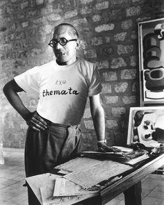 Και ο Le Corbusier έχει Themata!