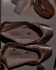 Pointe Shoes, Ballet Shoes, Dance Shoes, For Elise, Markova, Ballet Class, Ballet Photography, Dream Life, Tap Shoes