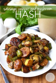 Sausage, Pepper and Mushroom Hash is a gluten-free breakfast recipe for the biggest of appetites - hearty, savory, and extremely filling! Sausage Recipes, Pork Recipes, Lunch Recipes, Dinner Recipes, Cooking Recipes, Healthy Recipes, Healthy Dishes, Yummy Recipes, Keto Recipes