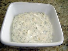 Outback Steakhouse Tiger Dill Sauce (Yield: 3 cups) : : : Actual Tiger Dill Sauce from a former employee. Sauce Steak, Marinade Sauce, Fish Sauce, Outback Recipes, Outback Steakhouse Recipes, Copycat Recipes, Tiger Sauce Recipe, Creamy Horseradish Sauce, Creamy Dill Sauce