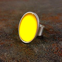 Statement Ring Yellow Silver Oval Ring Cocktail Ring by Pilboxx