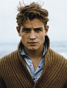 Men's sweater & chambray