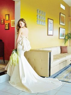 国内で唯一?!マーメイドラインのウェディングドレス専門店『メリーマリー』のドレスが素敵すぎ♡にて紹介している画像 White Gowns, Beautiful Love, Wedding Images, Special Day, Wedding Gowns, Dream Wedding, Mermaid, Wedding Inspiration, Female
