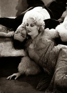 Buster Keaton and Thelma Todd in Speak Easily (1932)