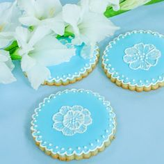 Cardamom Spice Sugar Cookie - beautiful cookies to make for Easter by Art and the Kitchen
