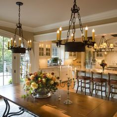 French Country Design Ideas, Pictures, Remodel, and Decor - page 34 #Traditionaldiningrooms