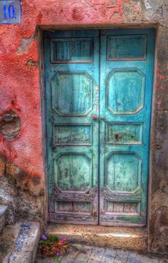 Modica, Sicily, Italy, old wooden door, blue, turquise, weathered, aged, cracks, decay, beauty, architechture, photo