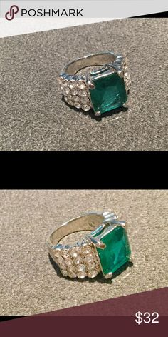 "Gorgeous Emerald Green Stone Ring with CZ's Sz 6 Vibrant emerald green rectangular stone ring with 4 rows of little CZ's on sides. Ring measures appx 1/2"" height, for dramatic look! Statement piece. Never worn. Sz 6 Jewelry Rings"