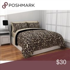 Cheetah print bed set twin xl Comforter, flat sheet, fitted sheet, sham(s) and pillowcase(s) 100 percent polyester Machine washable Other