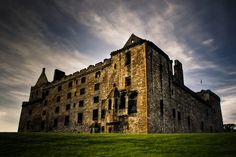 Linlithgow Palace - the birthplace of Mary Queen of Scots