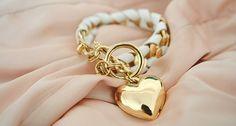 White & gold bracelet: so pretty and classy!