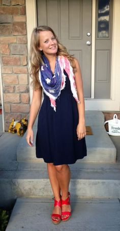 Sweet Bananie - navy blue dress, American flag-inspired scarf, red wedges
