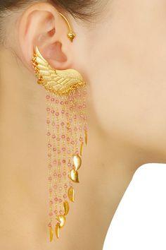Bridal Jewellery Indian Kundan Earrings Ideas For 2019 Indian Jewelry Earrings, Ear Jewelry, Cute Jewelry, Wedding Jewelry, Jewelry Accessories, Jewelry Design, Gold Jewelry, Cartier Jewelry, Wing Earrings