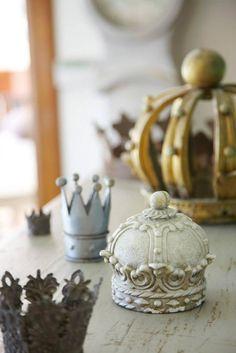 Crown Decor, Invisible Crown, Vibeke Design, Metal Crown, Queen Of Everything, Fru Fru, Princess Room, Tiaras And Crowns, Royal Crowns