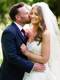 Somerset Wedding at Standerwick Court - by Chris Giles Photography