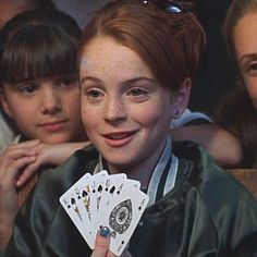 """Lindsay Lohan as Annie James and Hallie Parker - This Is What The Cast Of """"The Parent Trap"""" Looks Like Now"""