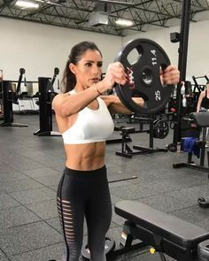 Fitness Girls – Ease Your Way Into Fitness With Simple Solutions You may want to find out more about fitness girls. There should be nothing frightening about the idea of orking toward good physical fitness. Bodybuilding Training, Bodybuilding Workouts, Fitness Inspiration, Alexia Clark, Personal Fitness, Physical Fitness, Shoulder Workout, Yoga, Muscle Girls