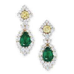 """Christie's dévoile ses """"Magnificent Jewels"""" à Hong Kong http://www.vogue.fr/joaillerie/news-joaillerie/diaporama/christie-s-magnificent-jewels-hong-kong-vente-encheres/10696/image/646878"""