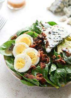 Bacon, spinach and blue cheese is a salad classic.
