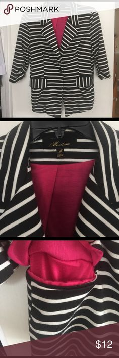 Monteau 3/4 sleeve blazer Worn a handful of times. Perfect for layering this early spring , magenta lined. Two front pockets. Button closure. Minimal piling see pic. 3/4 cinched sleeve. Adorable Monteau Jackets & Coats Blazers
