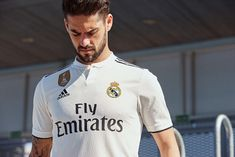 Adidas Real Madrid Home & Away Kits Released + Third Kit Leaked - Footy Headlines Zinedine Zidane, Real Madrid New Kit, Cristiano Ronaldo, Champions League, Ea Sports Fifa, Camisa Real Madrid, Maillot Bayern Munich, Adidas, Isco Real Madrid