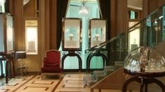Chopard Kuwait http://diary.chopard.com/the-largest-chopard-boutique-in-the-world-kuwait-city
