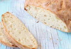 Rustic Crusty Bread Slices with Holes Italian Bread Recipes, Artisan Bread Recipes, Vegan Recipes, Cooking Recipes, Bread Recipe Video, How To Make Bread, Bread Baking, Organic Recipes, Food Videos