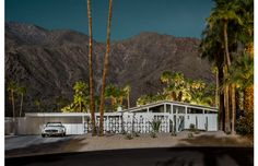 Midnight Modern, Tom Blachford, Mid Century houses homes, Palm Springs, bathed in moonlight - Pinned by 360 Modern Furniture Palm Springs Houses, Palm Springs Style, Mid Century Art, Mid Century House, Melbourne, Sydney, Modernism Week, Modern Photographers, Boutique Homes