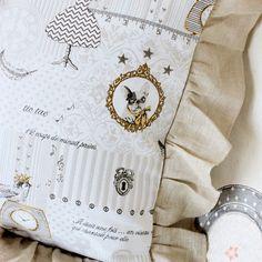 #paris#fabric クッションフリル