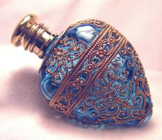 Antique Victorian Ocean Blue Perfume Scent Bottle with brass filigree Blue Perfume, Perfume Atomizer, Antique Perfume Bottles, Vintage Bottles, Beautiful Perfume, Bottle Art, Potion Bottle, Glass Bottles, Fragrance