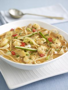 Prawn laksa noodles http://pinterest.com/ronleyba/filipino-recipes-philippine-foods-filipino-dish/