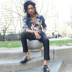 Thomas Castro. Afro life Andro living. via @father.tom ------ #AfroAndro / #Afrocentric / #Androgynous / #Style / #AndrogynousStyle / #StylishWomen / #StylishMen / #ThisAndrogynousLife / #WhatIWore /#AndrogynousFashion / #ProudlyAndrogynous / #Slay / #Dapper / #StyleDiary / #StyleInspired / #OurAndrogynousLife / #Stylish / #StyleBlog
