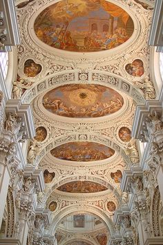 Ceiling of St. Stephan's Cathedral, a baroque church from 1688 in Passau, Germany. Baroque Architecture, Beautiful Architecture, Beautiful Buildings, Cathedral Church, Ceiling Decor, Passau Germany, Place Of Worship, Kirchen, Roman Catholic