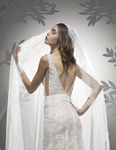 Chernaya Bridal House is Miami's leading Bridal Store offering the latested in luxury bridal wear and wedding dress attire. Fall Wedding Dresses, Wedding Gowns, Wedding Veil, Ersa Atelier, Dresser, Modern Princess, Contemporary Dresses, Strapless Gown, Bridal Salon
