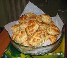 Cauliflower, Deserts, Muffin, Vegetables, Breakfast, Food, Morning Coffee, Cauliflowers, Essen