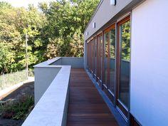 House in Budakeszi, Hungary — ARCHITECTURELOVER.COM