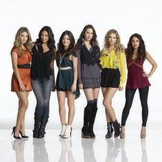 Girl power. ❤ #PLLMemoryLane // Season Three. #PLL #PrettyLittleLiars