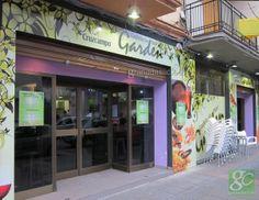 Cafeteria Bar Garden