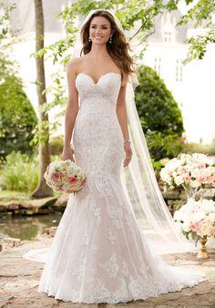 Lace Strapless Mermaid Wedding Dress | Style 6379 by Essence of Australia | http://trib.al/Ysm7a3k