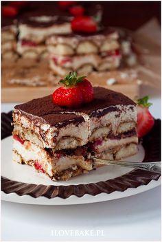 Ciasto tiramisu z truskawkami - I Love Bake Tiramisu, Food Cakes, Cake Recipes, Food And Drink, Cooking Recipes, Sweets, Snacks, Chocolate, Ethnic Recipes