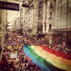 100000 gathered for the Gay pride in Istanbul. #occupygezi #occupyturkey #direnturkiye #gay #gayrights #cool #gaypride #istanbul #turkey #rainbow #rainbowflag #revolution #direnayol #resististanbul #rebel #revolution #bubirsivildirenis
