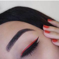 red on top of black eyeliner. Makeup Eye Looks, Eye Makeup Art, Cute Makeup, Skin Makeup, Eyeshadow Makeup, Beauty Makeup, Retro Makeup, Glitter Eyeshadow, Gorgeous Makeup