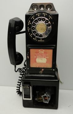 10-3_vintage_phones_3coin_slot