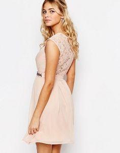 b57d75bfc63afd Elise Ryan Embellished Waist Skater Dress With Lace Back Roze Jurken