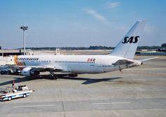 ボーイング767-383ER(LN-RCE).PW.PW4060.成田国際空港.2001. Scandinavian Airlines System(SK/SAS)Scandinavia.BOEING767-383ER(LN-RCE).powered by PW.PW-4060.