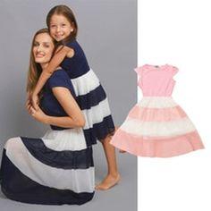Barnklänning med chiffong och randig kjol