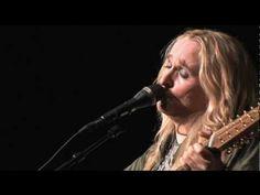 Melissa Etheridge - Company (Live)  I LOVE THIS SONG!!!  ~~~Kelly~~~