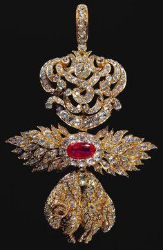 Insegna dell'Ordine del Toson d'oro in oro, diamanti e rubino del Re del Portogallo